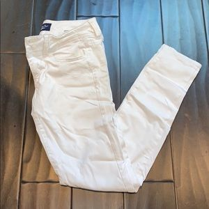 American Eagle White pants